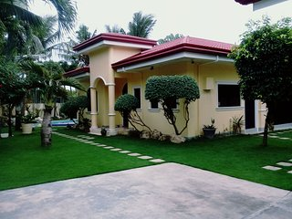 Houses in Philippines and Villas from £10 - Holiday Rentals
