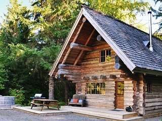 log cabins in canada find luxury hot tub cabins rh holidaylettings co uk